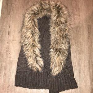 BB Dakota size XS fur vest-never worn